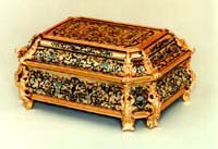 Boulle casket, tortoiseshell, ivory, horn and brass marquetry