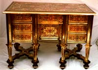 Boulle bureau Mazrin in brass and tortoiseshell